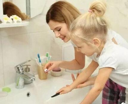 孩子不爱刷牙怎么办?教你几个小妙招