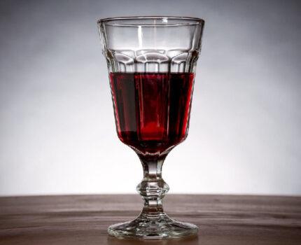 葡萄酒为什么容易被氧化?