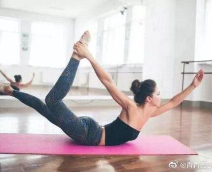推荐五个抗衰老的瑜伽式